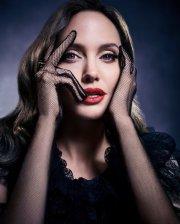 Angelina Jolie X Televitos October 2019
