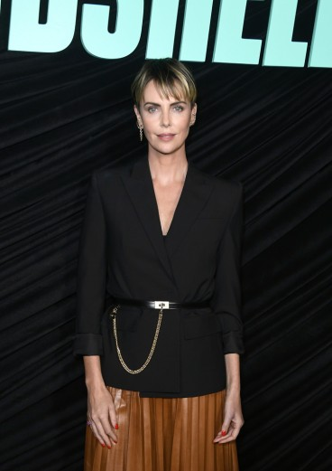 Charlize Theron in Givenchy Pre-Fall 2019-3