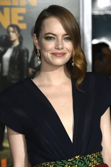 Emma Stone in Louis Vuitton Spring 2020-6