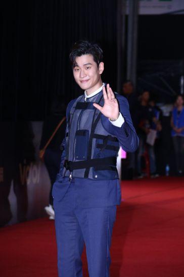 Eric Chou in Dior Men Fall 2019-2