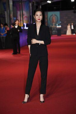 Hsieh Ying-Shiuan in Versace-7