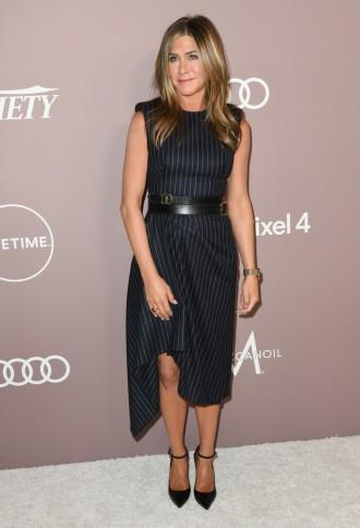 Jennifer Aniston in Alexander McQueen-3