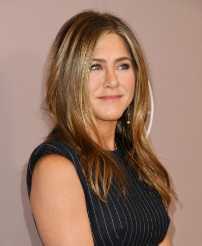 Jennifer Aniston in Alexander McQueen-4
