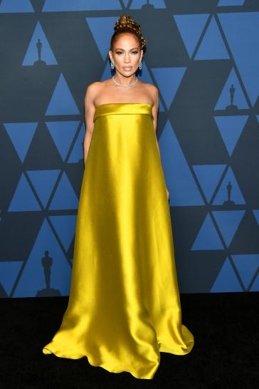Jennifer Lopez in Reem Acra Spring 2020-4