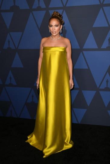 Jennifer Lopez in Reem Acra Spring 2020