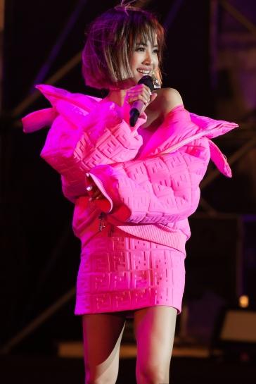 Jolin Tsai in Nicki MinajXFendi-10