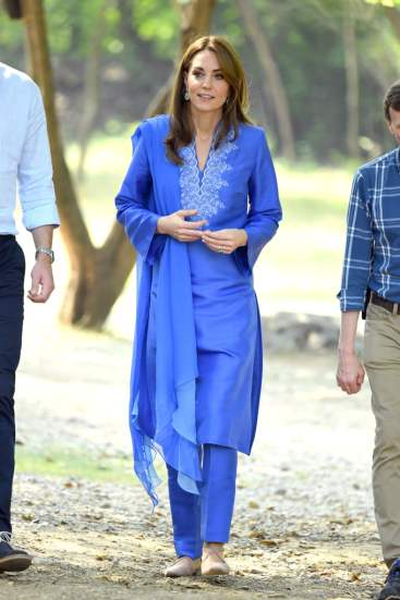 Kate Middleton in Maheen Khan-1
