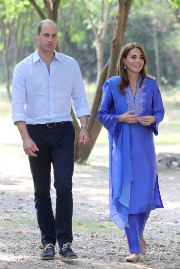 Kate Middleton in Maheen Khan-11