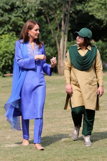 Kate Middleton in Maheen Khan-12