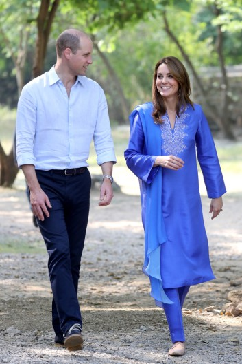 Kate Middleton in Maheen Khan-4