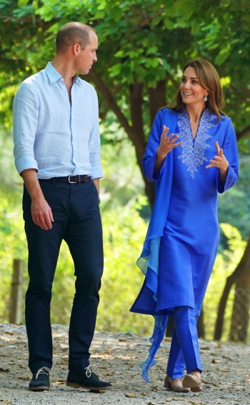Kate Middleton in Maheen Khan-8