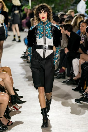 Louis Vuitton Resort 2020-3