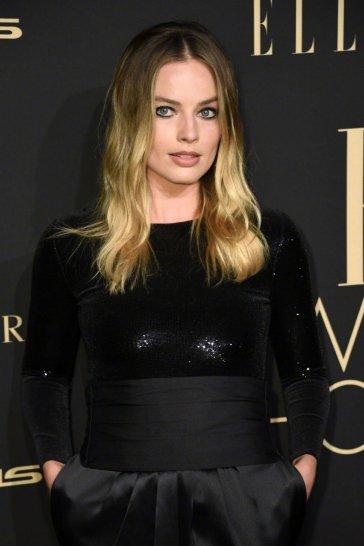 Margot Robbie in Ralph Lauren Fall 2019-4