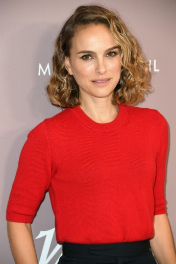 Natalie Portman in Givenchy-2