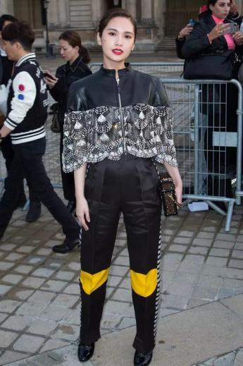 Rainie Yang in Louis Vuitton Resort 2020-3