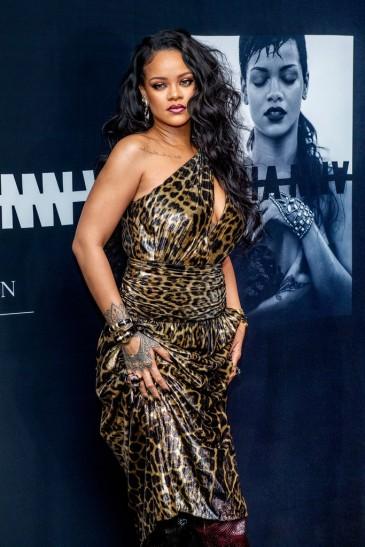 Rihanna in Saint Laurent Spring 2020-13