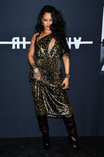 Rihanna in Saint Laurent Spring 2020-6