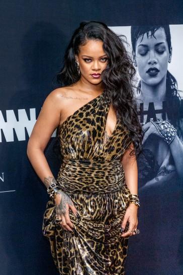 Rihanna in Saint Laurent Spring 2020-7