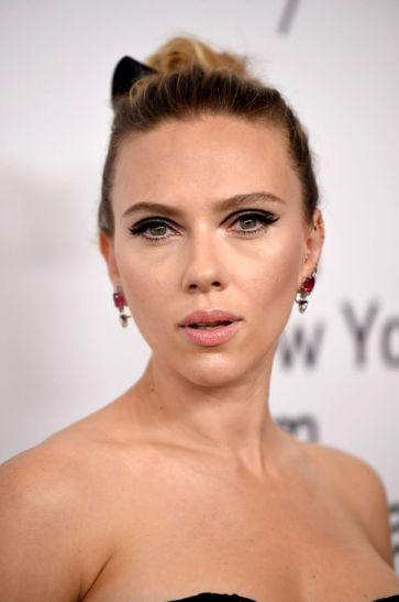 Scarlett Johansson in Dior-5