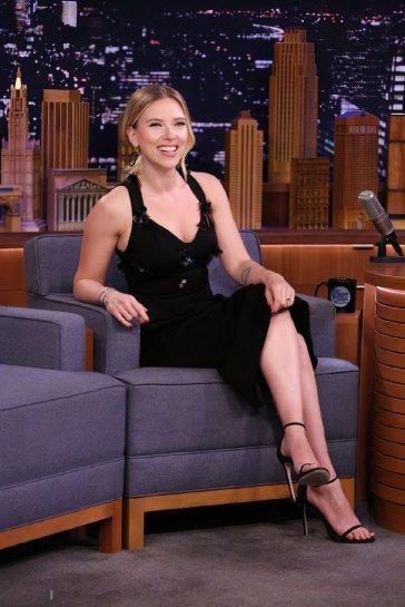 Scarlett Johansson in Versace Spring 2020-1