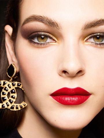 Vittoria Ceretti Chanel Beauty Holiday 2019 Campaign-2