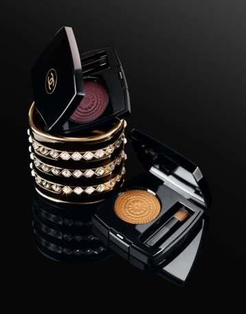 Vittoria Ceretti Chanel Beauty Holiday 2019 Campaign-5