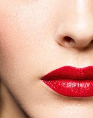 Vittoria Ceretti Chanel Beauty Holiday 2019 Campaign-6