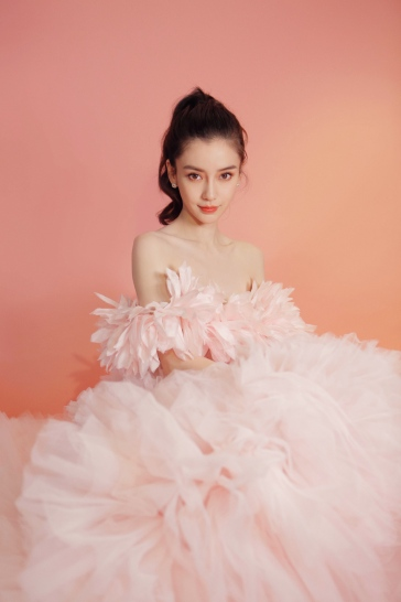 Angelababy in Giambattista Valli Fall 2019 Couture-4