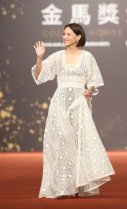 Angelica Lee in Dior Resort 2020-7