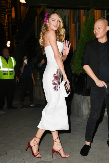 Candice Swanepoel arrives at the CFDA/ Vogue Fashion Funds Awards in NYC