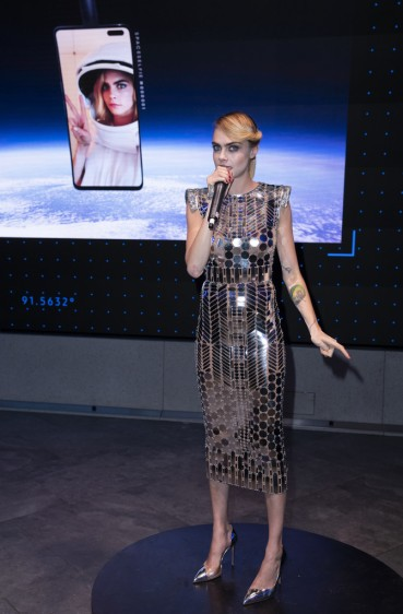 Cara Delevingne in Fendi X Nicki Minaj Prints On-8