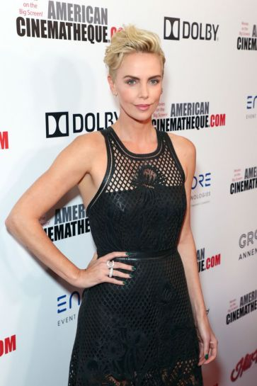 Charlize Theron in Dior-10