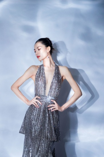 Elaine Zhong in Krikor Jabotian Fall 2017-5