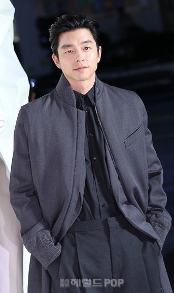 Gong Yoo in Louis Vuitton Spring 2020 Menswear-2