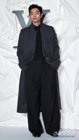 Gong Yoo in Louis Vuitton Spring 2020 Menswear-4