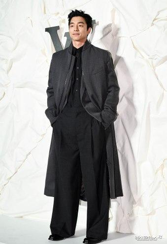 Gong Yoo in Louis Vuitton Spring 2020 Menswear-5