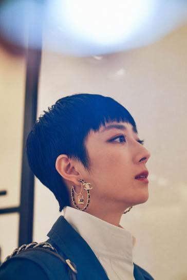 Gwui Lun Mei in Chanel Resort 2020-4