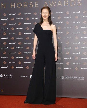 Hsieh Ying-Shiuan in Stella McCartney Fall 2019-1