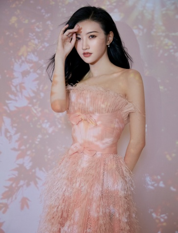 Jing Tian in Georges Chakra Spring 2019 Couture-3