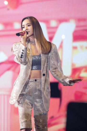 Jolin Tsai in DamoWang Spring 2020-3