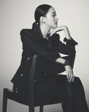 Kim Ko-eun for Harper's Bazaar Korea December 2019-4