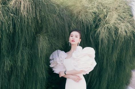 Liu Shishi in Georges Chakra Fall 2019 Couture-5