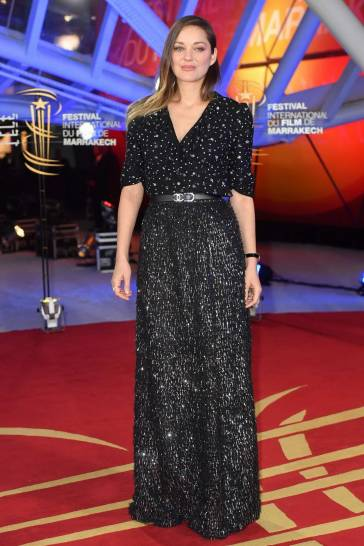 Marion Cotillard in Chanel Spring 2020-1
