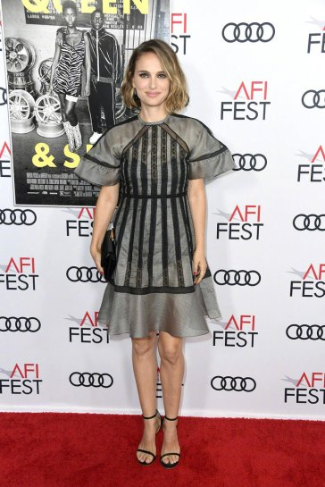 Natalie Portman in Dior Spring 2020-1