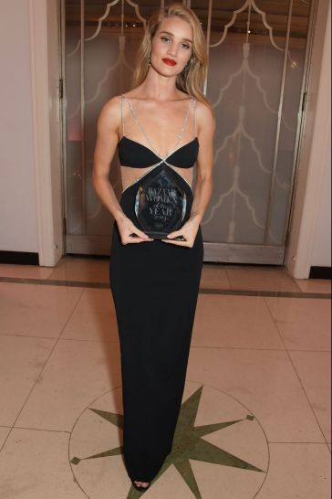 Rosie Huntington-Whiteley in David Koma Resort 2020-3