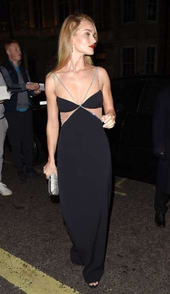 Rosie Huntington-Whiteley in David Koma Resort 2020-5