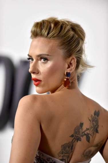 Scarlett Johansson in Louis Vuitton Resort 2020-9