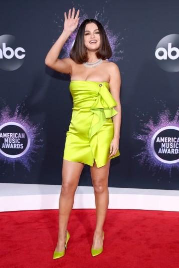 Selena Gomez in Versace Spring 2020-3