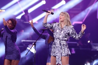 Taylor Swift-5