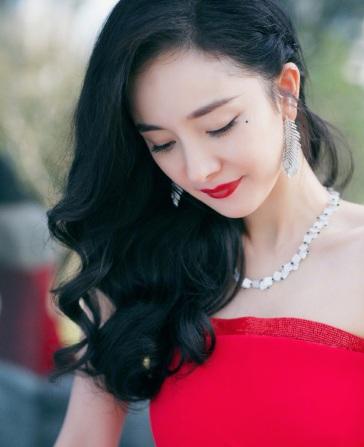 Yang Mi in Oscar de la Renta-5